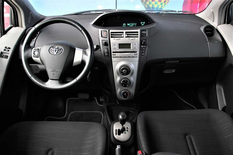Toyota Yaris 1.4D AT