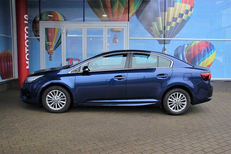 Toyota Avensis 1.8L AT