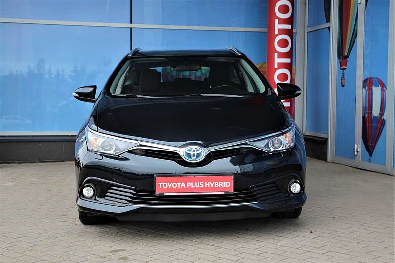 Toyota Auris Touring Sports 1.8 AT